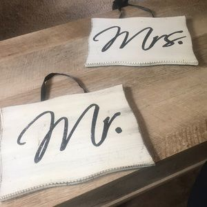 Mr. & Mrs. wall decor signs